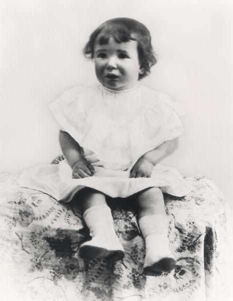 San Josemaría a la edad de 2 años